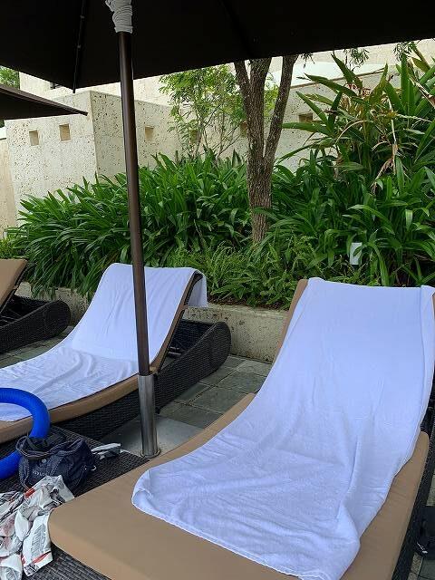 リッツ沖縄ープールベッド