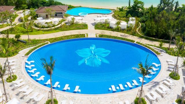 ハレクラニ沖縄オーキッドプール