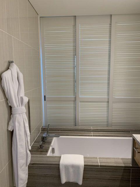 ハレクラニ沖縄バスルーム1